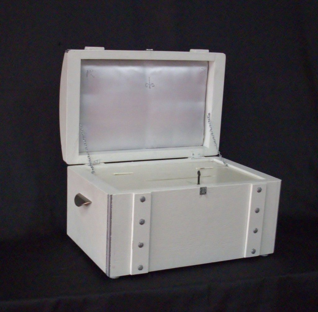 treasure chest white beenleigh browns plains party hire